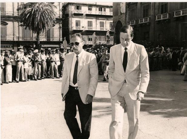 Ai funerali di Ninni Cassarà nel novembre dell'85
