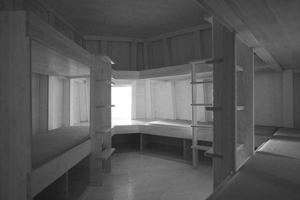 Interni in legno e arredamento minimal