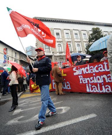 Brescia, il corteo dei lavoratori (Fotogramma/Campanelli)