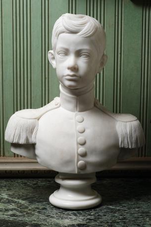 Mostra su «Vittorio Emanuele II, Il Re Galantuomo»:  Busto di Vittorio Emanuele II  giovinetto, in marmo bianco