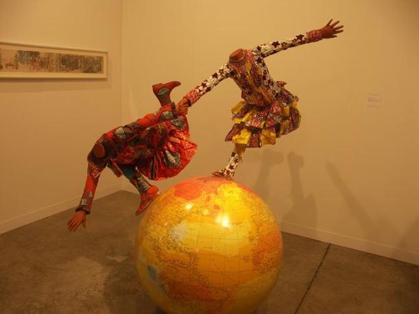 Una scultura di Yinka Shonibare