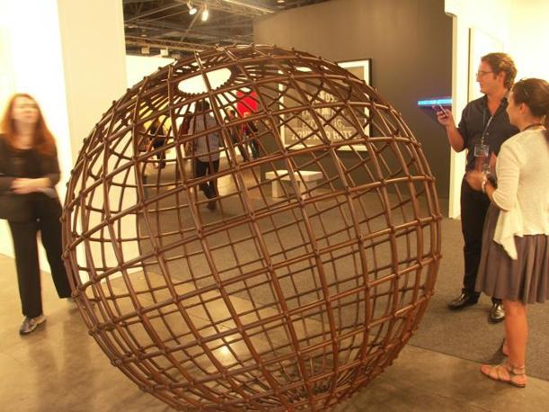 Mona Hatoum vede il mondo come un carcere