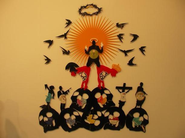 Carlos Aires, Love is in the air, realizzato con dei vinili