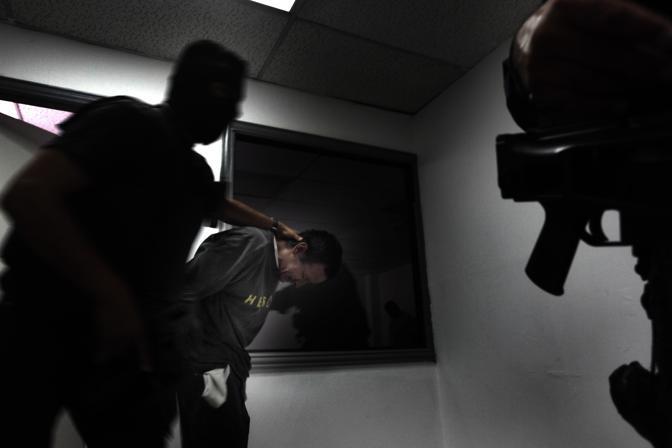 L'arresto di un trafficante di droga (Luigi Baldelli/Parallelozero)