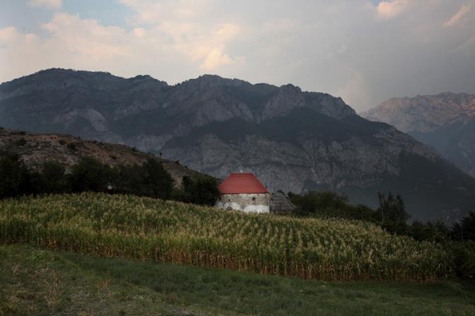 Le campagne sulle montagne di Tropoja, nel nord dell?Albania