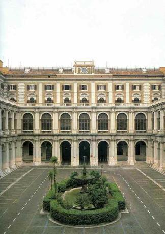 Il cortile centrale con la fontana (Francesco Pieroni) nel Ministero delle Finanze