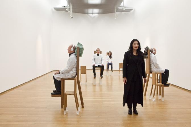 Si tratta del primo lavoro dell'artista serba dopo la grande retrospettiva del 2010 al MoMA di New York (LaPresse)