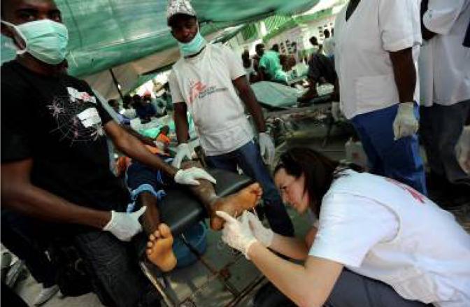 Un primo soccorso all'ospedale  Martissant