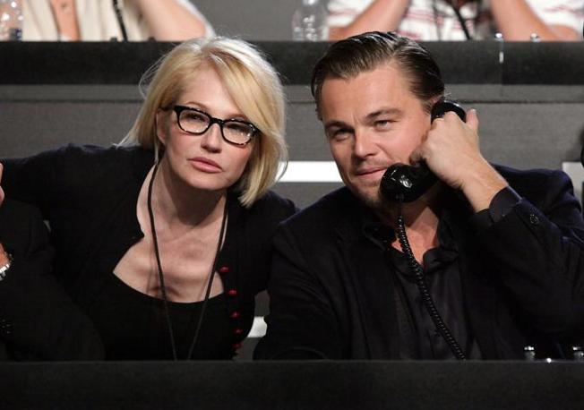 Ellen Barkin e Leonardo Di Caprio (Ap)