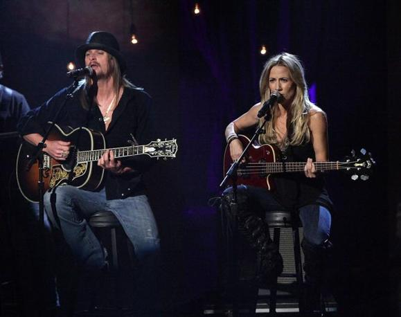 Kid Rock e Sheryl Crow (Ap)