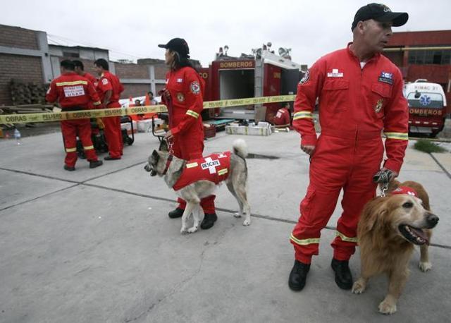 Una squadra di soccorso peruviana (Ap)