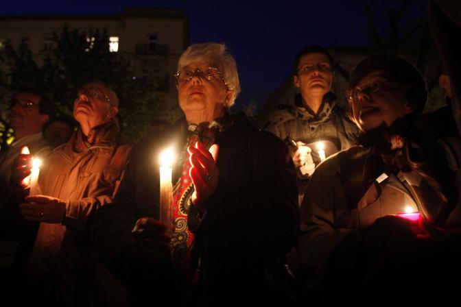 Commemorazione delle vittime a Budapest (Reuters)