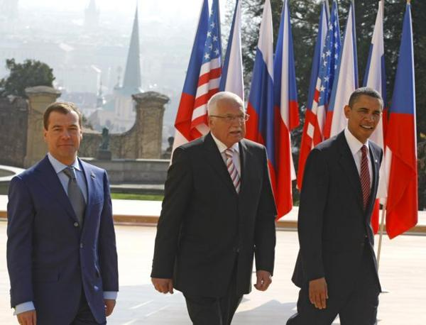 Medvedev con Obama e Vaclav Klaus(Ap)