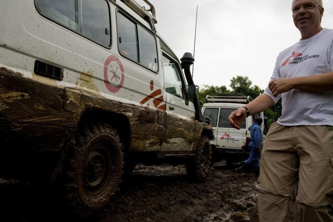 Personale di Medici senza Frontiere nei pressi del Campo di Kahe, provincia del nord Kivu (Msf)