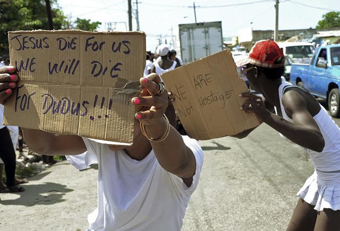 """Manifestazione di sostegno a Christopher """"Dudus"""" Coke (Ap)"""