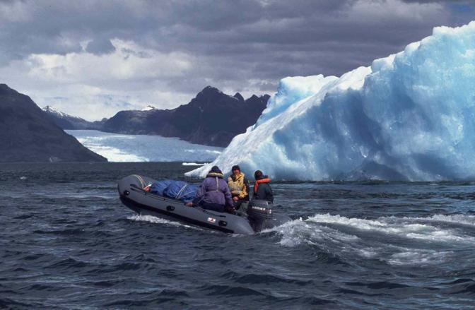 Chi non soffre il freddo e ama luoghi sconfinati, potrà scappare verso la laguna di San Rafael nella Patagonia cilena