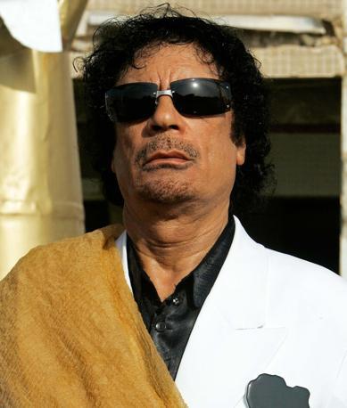 Il leader libico Muammar Gheddafi «usa il botulino ed è un vero ipocondriaco. Non si muove senz la sua infermiera ucraina bionda e procace» (Ap)