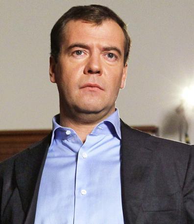 Il presidente russo Dmitri Medvedev, giudicato «pallido e incerto» (Afp)