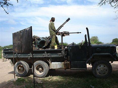 Una mitragliera anti/aerea in Somalia: i guerriglieri le usano nei combattimenti terrestri