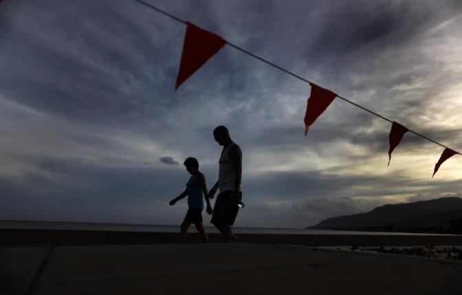 Il cielo a Cairn, prema dell'arrivo del ciclone Yasi  (Reuters)