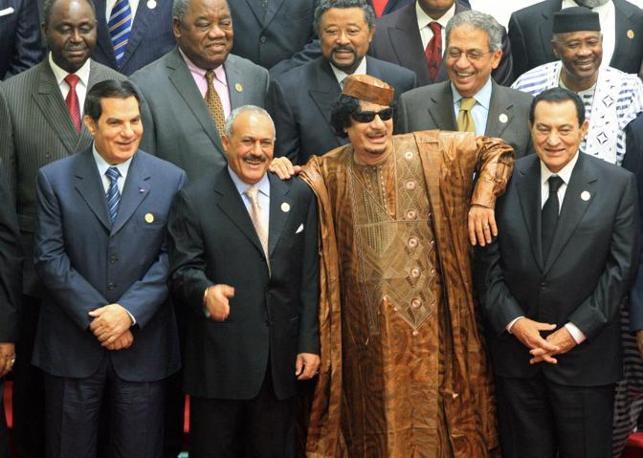 Al summit dei Paesi arabo-africani, nell'ottobre 2010 a Sirte (Epa)