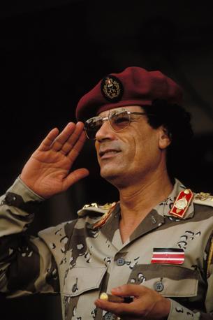 Il leader libico in una foto del 1996 (Getty Images)
