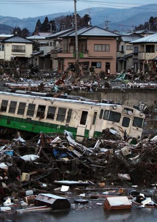 Devastazione a Kisennuma (Epa)