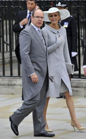 Il principe Alberto di Monaco e la futura moglie Charlene Wittstock (Reuters)