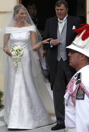 best cheap d4257 cf6f6 La sposa in abito Armani