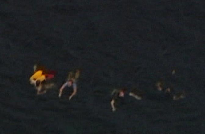 La fuga a nuoto (Reuters)