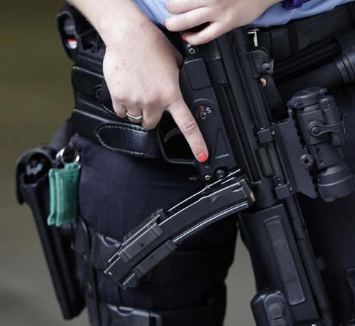 Misure di sicurezza avanti al tribunale in attesa di Anders Behring Breivik (Ap)