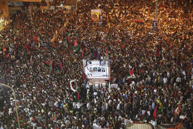 In piazza a Tripoli (Ap)