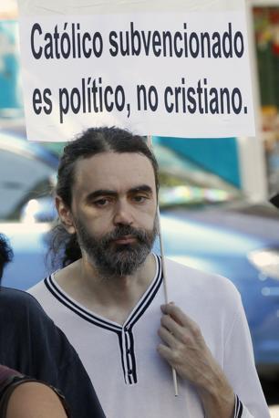 «Il cattolico sovvenzionato è un politico non un cristiano» (fonte Reuters)