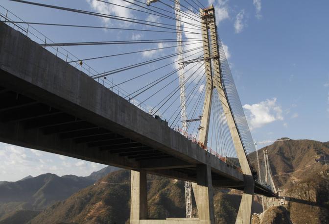 [Immagine: ponte05_672-458_resize.jpg?v=20120107174443]