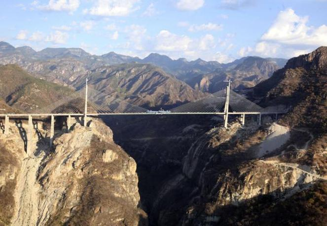 [Immagine: ponte06_672-458_resize.jpg?v=20120107174443]