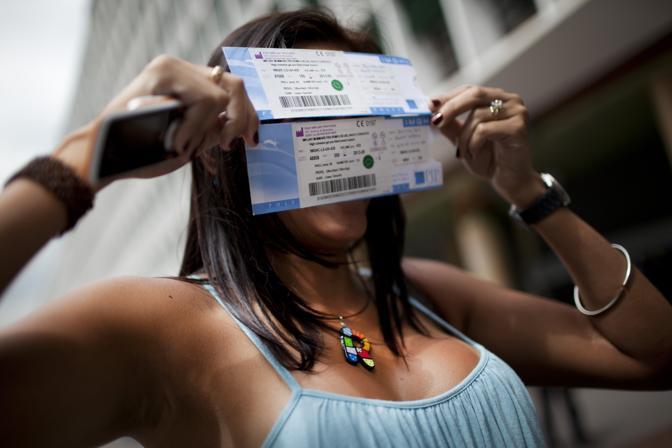 Azione di massa di circa 400 donne venezuelane contro la Pip per le protesi al seno difettose. Con la causa legale chiedono di essere risarcite delle spese sostenute (Ap/Cubillos)