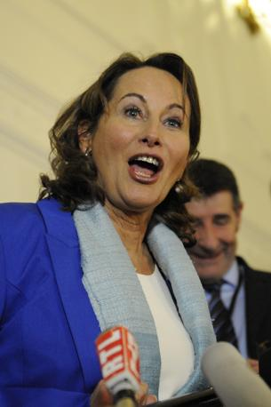 Ex candidata (sconfitta nel 2007) all'Eliseo ma soprattutto ex moglie del neoopremier Hollande, Segolene Royal festeggia la vittoria. (Afp)