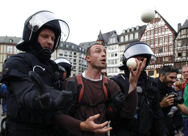 Quattro giorni di mobilitazioni organizzate proprio per cercare di bloccare i lavori del distretto finanziario (Reuters)