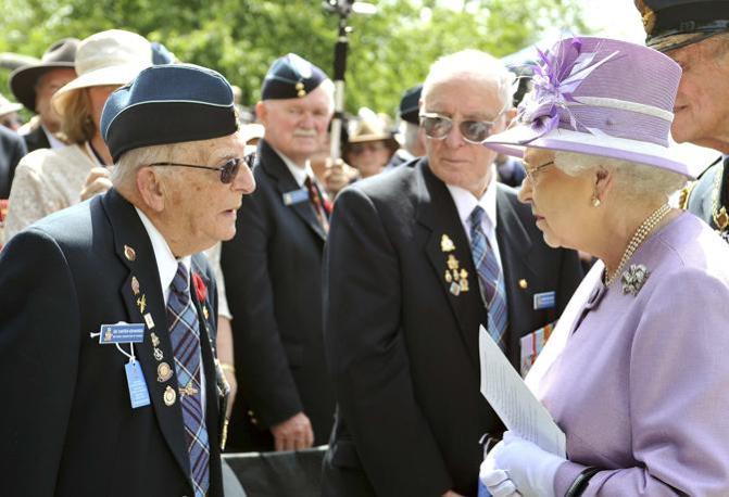 Il monumento a green park - Papaveri e veterani giorno di papaveri e veterani ...