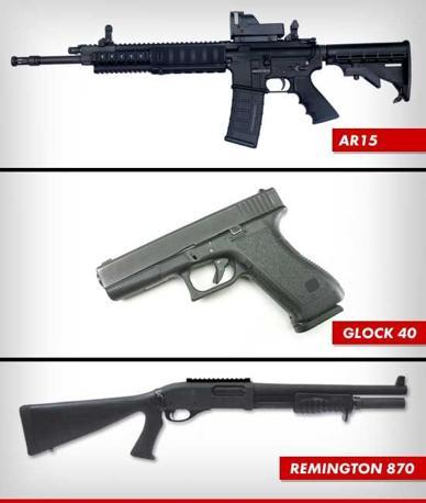 Le armi usate dal killer James Holmes per la strage di Denver alla prima di Batman