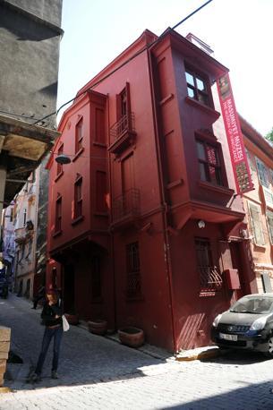 Istanbul. Meta del turismo culturale della città, il Museo dell'Innocenza ha lo stesso nome di un romanzo del premio Nobel per la letteratura Orhan Pamuk, e richiama in tutto e per tutto quello descritto nel libro (Corbis)
