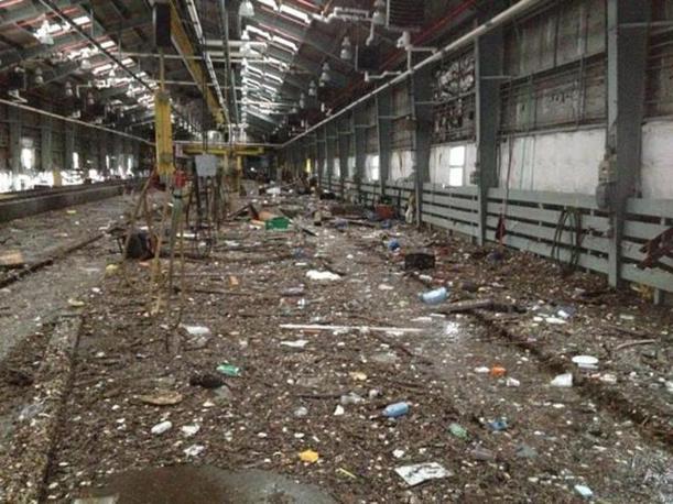 Railway's Clifton Shop, a Staten Island, New York. Il sistema dei trasporti dell'area di  New York ha subito forti danni e sta lentamente cercando di ripartire (Mta, NY City Transit/Epa)