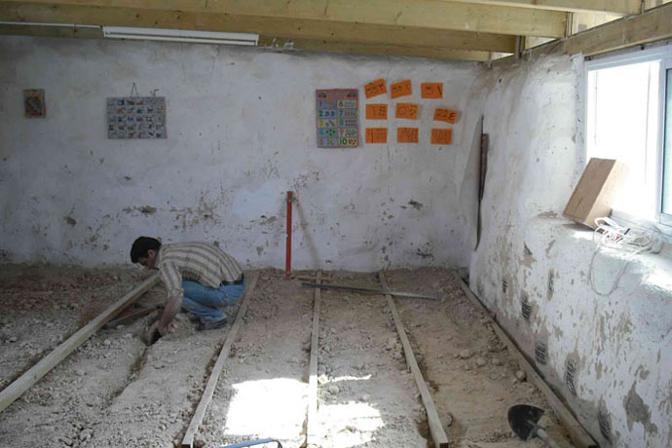 Il gruppo ARCò ha progettato nei territori occupati palestinesi di Gerusalemme Est una «scuola di gomme» riciclando copertoni usati per auto
