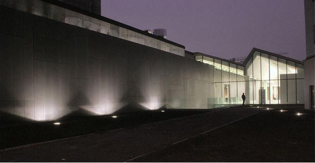Claudio Nardi Architects, con Leonardo Maria Proli, hanno realizzato a Cracovia il Museo di Arte Contemporanea, un progetto che coincide in parte con i padiglioni produttivi della fabbrica Schindler