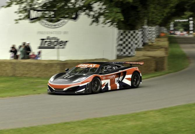 McLaren Mp-12c (newspress)