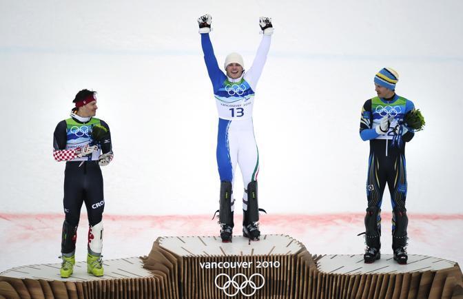 Il podio: l'argento Ivica Kostelic (Croazia), l'oro Giuliano Razzoli e il bronzo Andre Myhrer, Svezia (Afp)