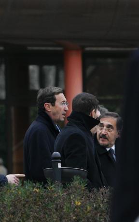Fini con il ministro Ignazio La Russa (Fotogramma)