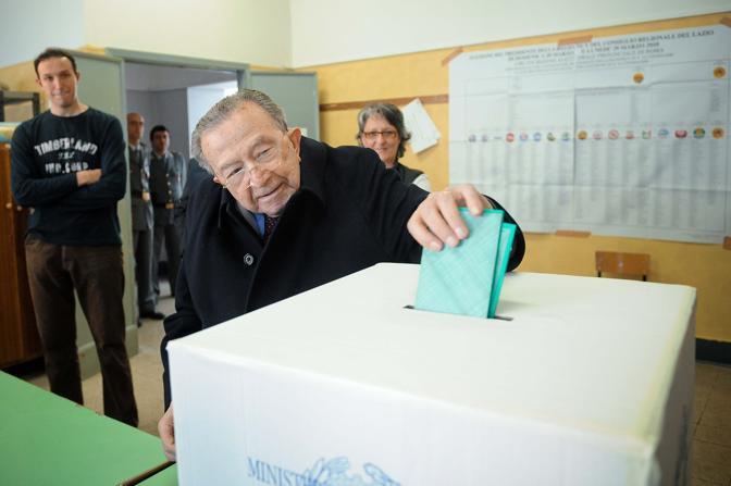 Il senatore a vita Giulio Andreotti (Imagoeconomia)