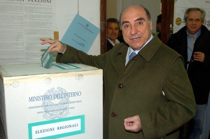 Il governatore della Regione Calabria Agazio Loiero (Ansa)