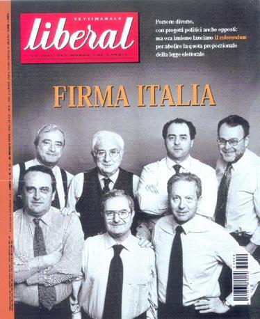 Francesco Cossiga in posa per Liberal con il comitato per il referendum sul maggioritario